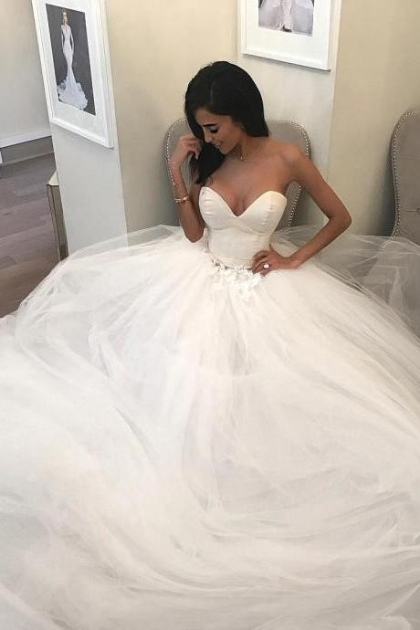 High Quality Bridal dresses Satin Sweetheart Floor Length Tulle Wedding Gown