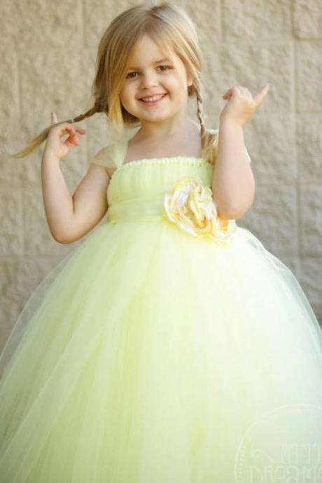 2016 New Design Ball Gown flower girl dresses Beauty first communion dresses for girls High Quality communion dresses Yellow flower girl dresses for weddings