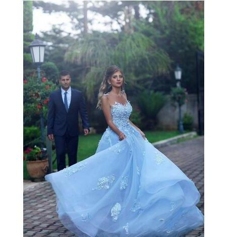 Baby Blue Sheer Neck Prom Dresses Sexy Lace Appliques A Line Jewel Celebrity Evening Dress Vestidos Tulle Zipper Back Bridal Gowns